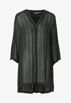 Day dress - gray