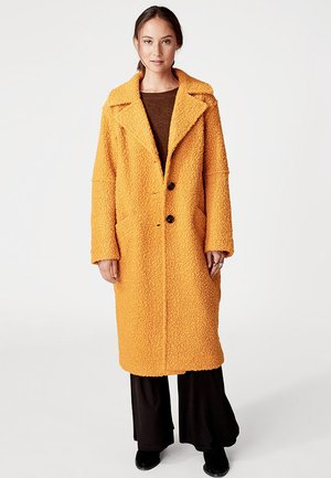 Cappotto invernale - mustard yellow