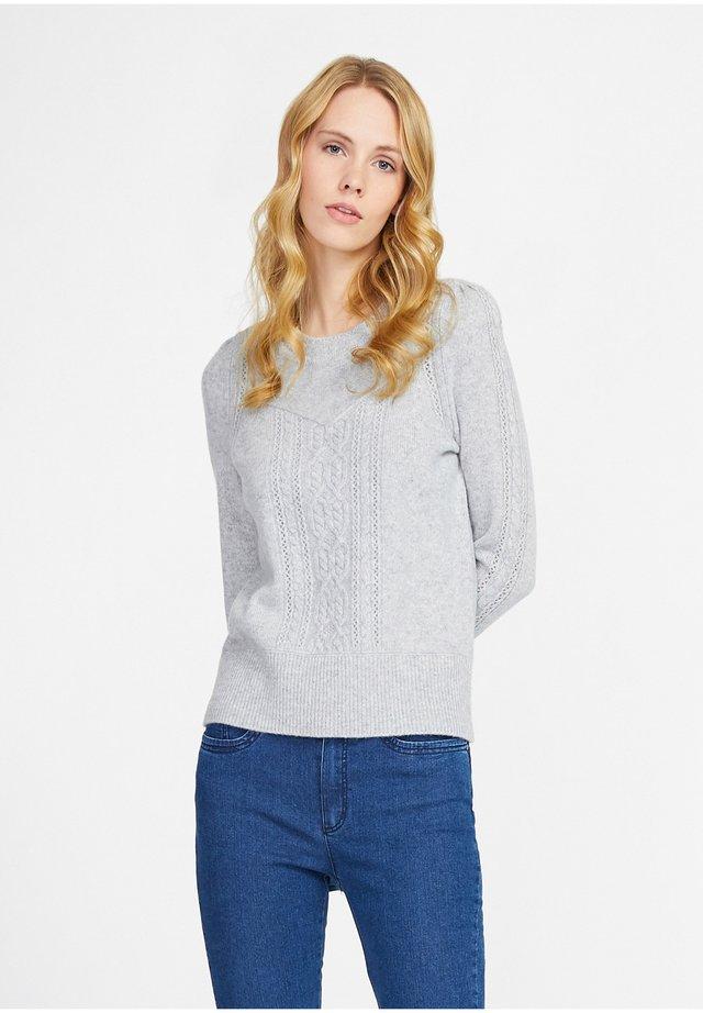 Pullover - hellgrau-m