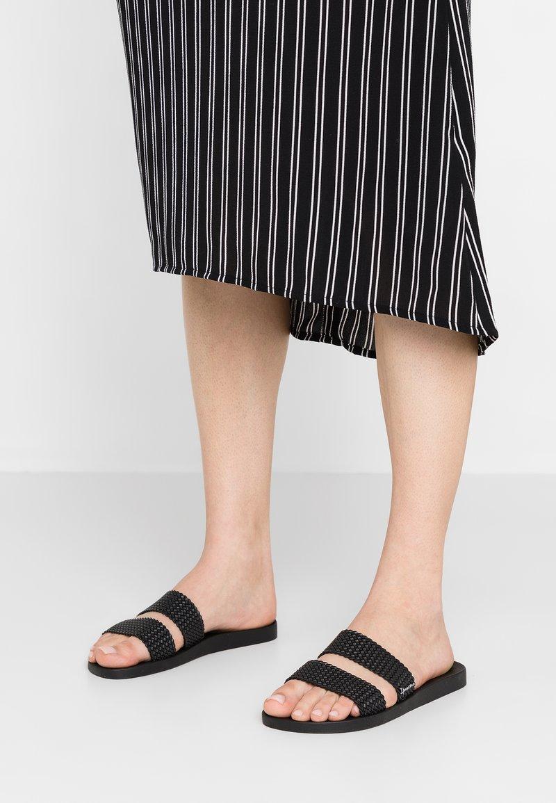 Ipanema - CITY - Pantolette flach - black