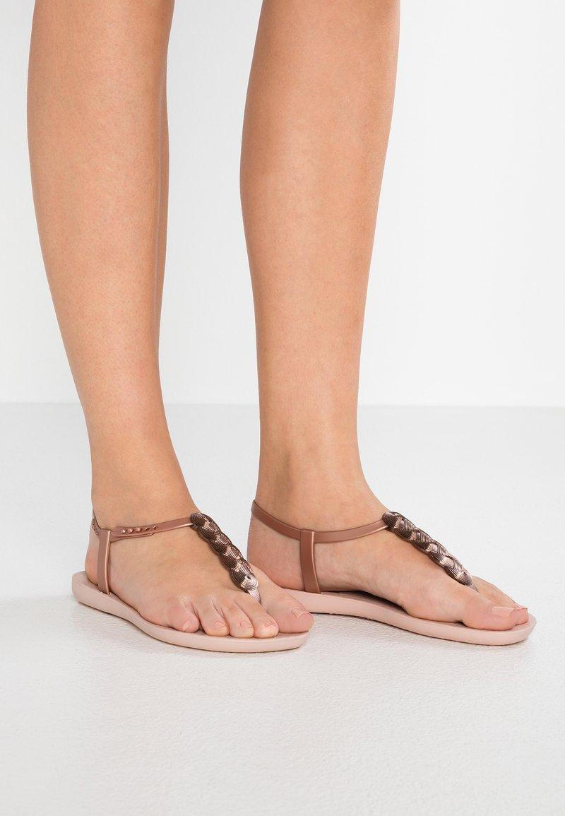 Ipanema - CHARM - Pool shoes - light pink/rose