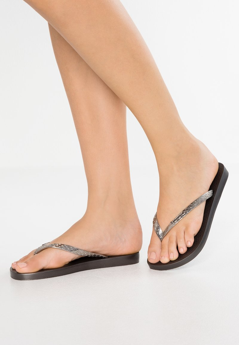 Ipanema - GLAM FEM - Pool shoes - silver