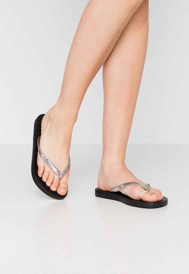 GLAM - Teenslippers - black/metallic silver