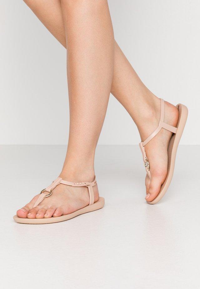 CHARM  - Sandały kąpielowe - beige