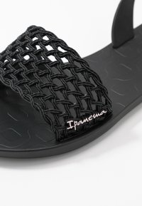 Ipanema - BREEZY - Badslippers - black - 2