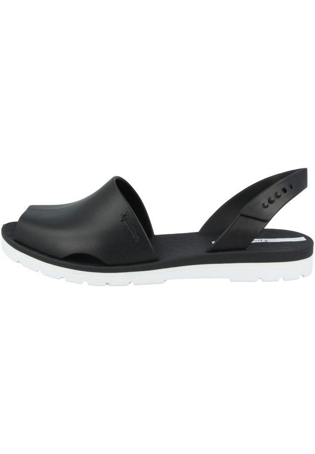 BARCELONA FEM - Pool slides - white/black