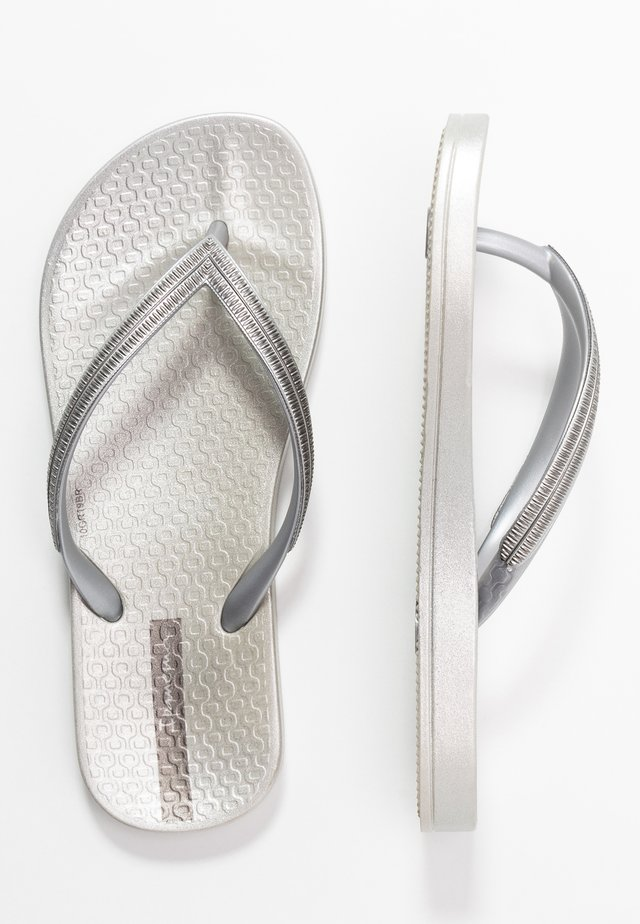 KIDS - Teenslippers - silver/dark grey