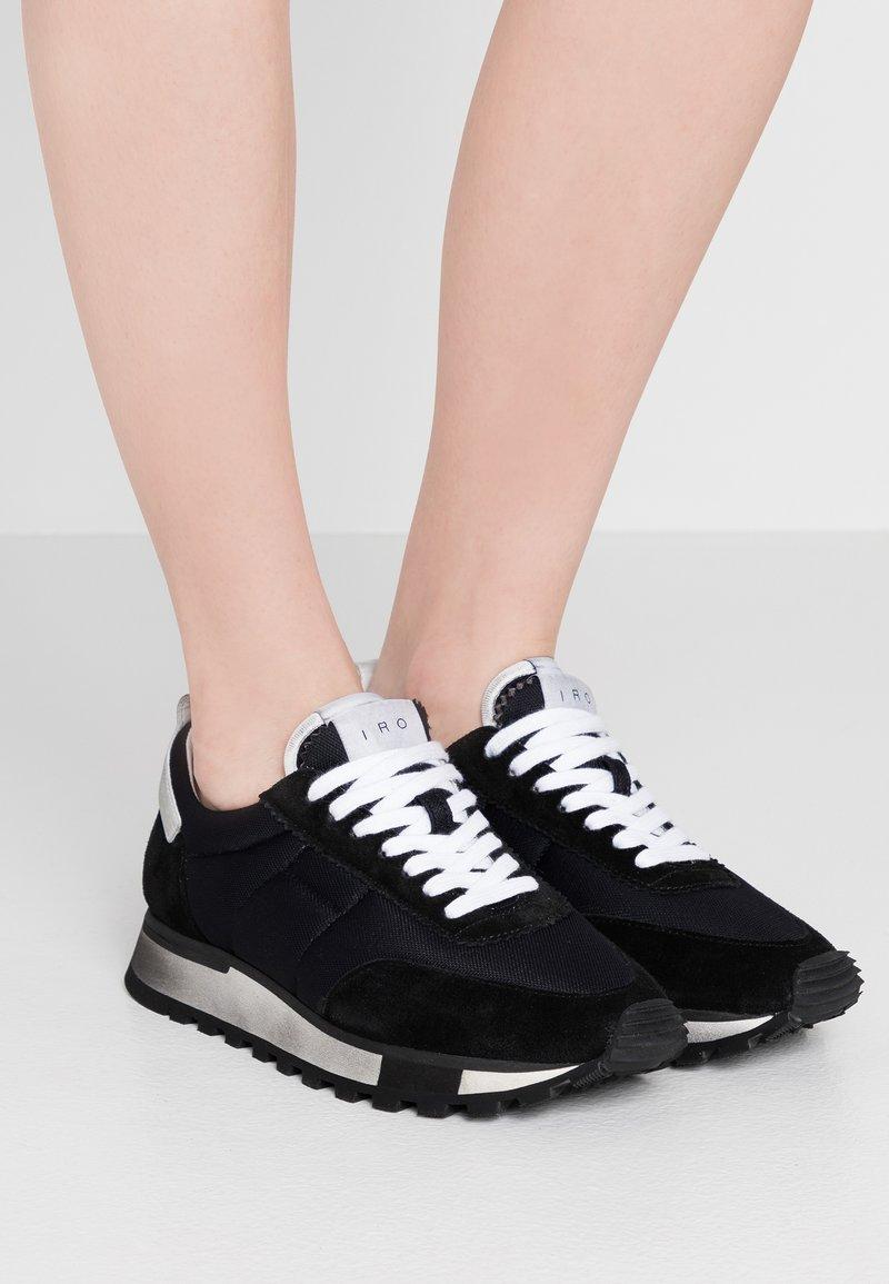 Iro - VINTAGER - Trainers - black/white