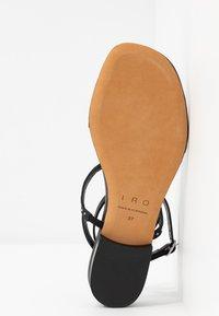 Iro - LILAS - Sandaler m/ tåsplit - black - 6