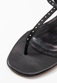 Iro - LILAS - Sandaler m/ tåsplit - black - 2