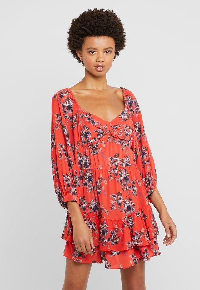 RIANE - Day dress - red