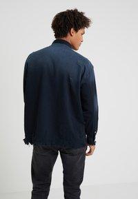 Iro - INSIGHT - Shirt - grey/blue - 2