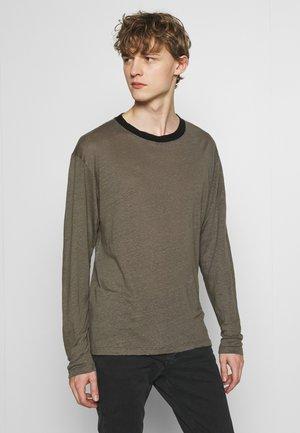 DEERTON - Long sleeved top - dark khaki/khaki