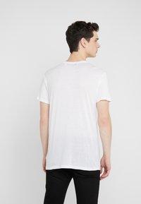 Iro - PACLIZ - Basic T-shirt - white - 2