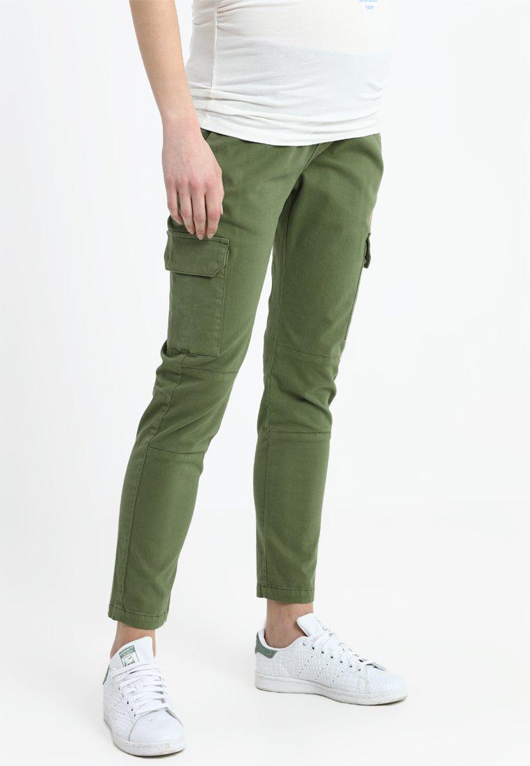 ISABELLA OLIVER - MATERNITY CARGO PANTS - Cargo trousers - dusted khaki