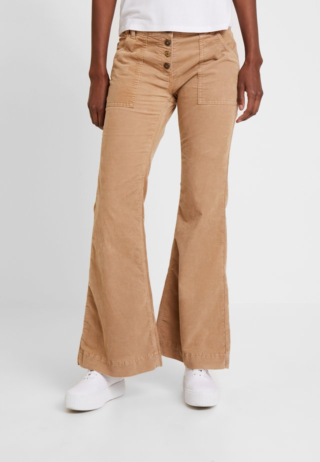 TROUSERS CORDUROY - Trousers - bronze