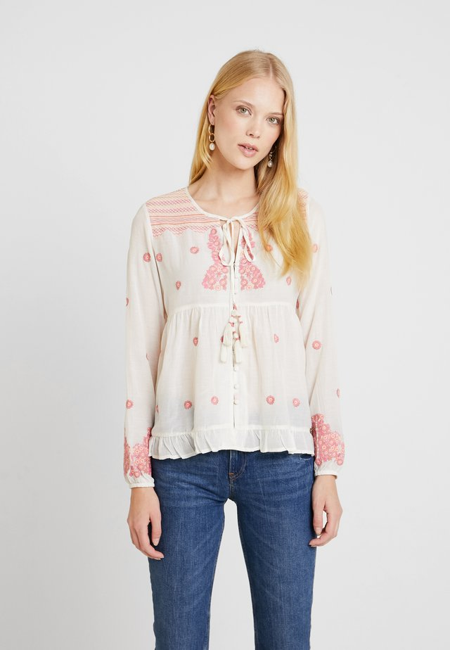 BLOUSE - Blouse - cream