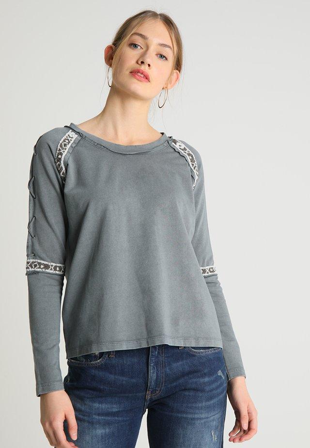 JUMPER - Sweatshirt - grey
