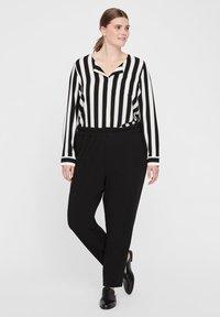 I.scenery - Spodnie materiałowe - black - 1