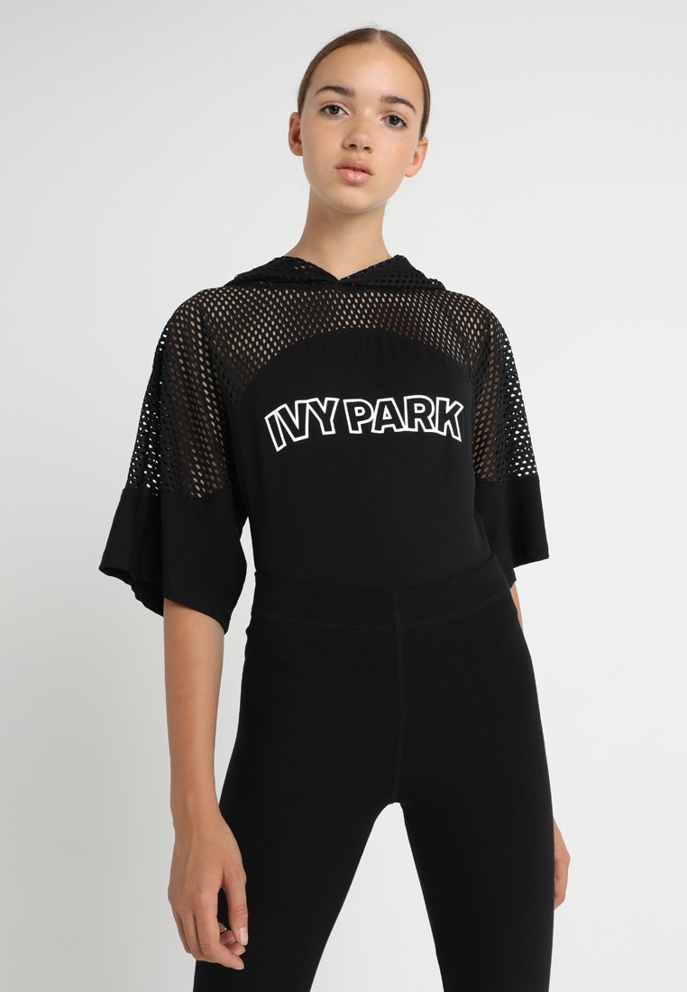Ivy Park - HOOD BODY - T-shirt imprimé - black