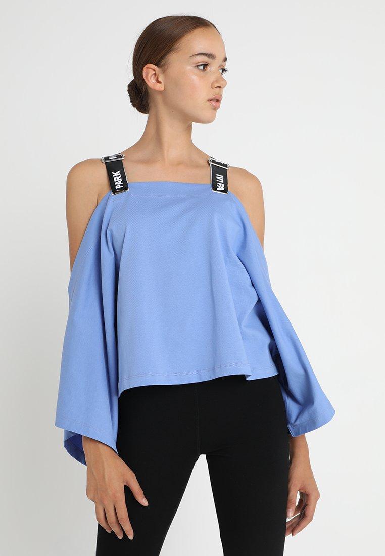 Ivy Park - BARDOT LOGO STRAP - T-shirt à manches longues - wedgewood blue