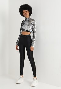 Ivy Park - SEQUIN - Long sleeved top - silver - 1