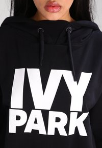 Ivy Park - PROGRAMME OH HOODY - Hoodie - black /white - 3