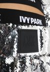 Ivy Park - SEQUIN - Shorts - silver