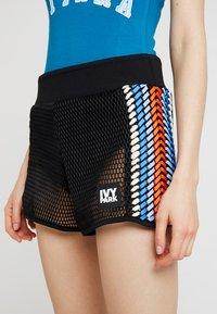 Ivy Park - CRAFT SPACER - Shorts - black - 5