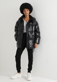 Ivy Park - METALLIC PUFFER - Winter coat - black - 1