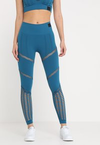 Ivy Park - SEAMLESS LEGGINGS - Leggings - moroccan blue - 0