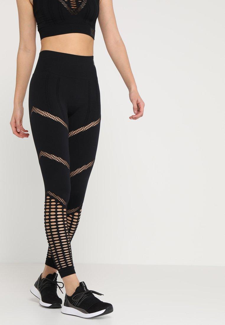 Ivy Park - SEAMLESS LEGGINGS - Tights - black