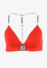 Ivy Park - LOGO BACK BRA - Sport BH - fiery red - 5