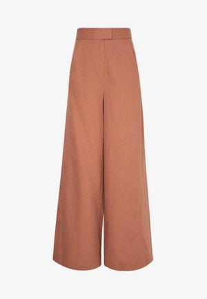 SUPER FLARED PANTS MAXI - Pantalon classique - rose tan