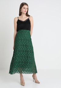 IVY & OAK - GRAPHIC SKIRT - Maxi skirt - eden green - 1