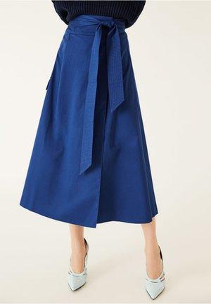 WRAP SKIRT MIDI - Wrap skirt - blue