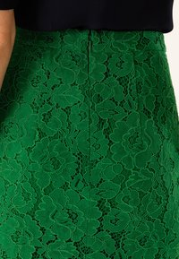 IVY & OAK - PENCIL SKIRT REPEAT - Jupe crayon - secret garden green - 4