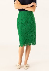 IVY & OAK - PENCIL SKIRT REPEAT - Jupe crayon - secret garden green - 0