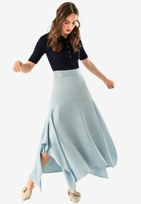 IVY & OAK - Falda larga - blue - 1