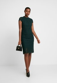 IVY & OAK - DRESS - Juhlamekko - bottle green - 2