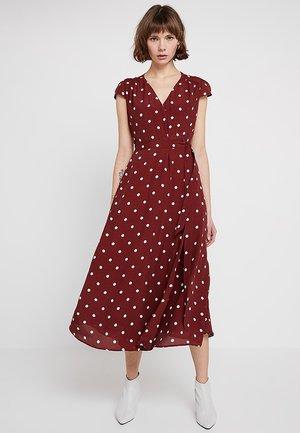 POLKA DOT WRAP DRESS - Robe longue - rusty red