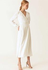 IVY & OAK - WRAP DRESS - Robe longue - snow white - 1