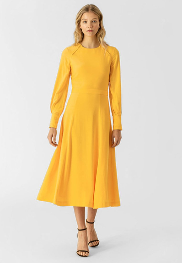 IVY & OAK - MIDI - Vestido informal - sun yellow