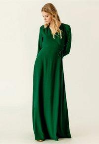 IVY & OAK - Maxi-jurk - eden green - 1