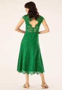 IVY & OAK - FLARED DRESS CAP SLEEVE - Occasion wear - secret garden green - 2
