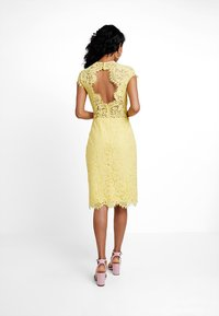 IVY & OAK - DRESS - Koktejlové šaty/ šaty na párty - sunshine yellow - 3