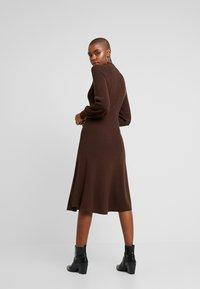 IVY & OAK - LENGTH DRESS - Jumper dress - dark chocolate - 3