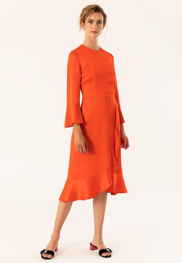 VOLANCE DRESS - Denní šaty - grenadine
