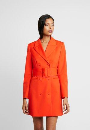 WITH BELT - Vestito estivo - mandarin red