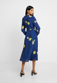 IVY & OAK - WRAP DRESS MIDI - Day dress - blue
